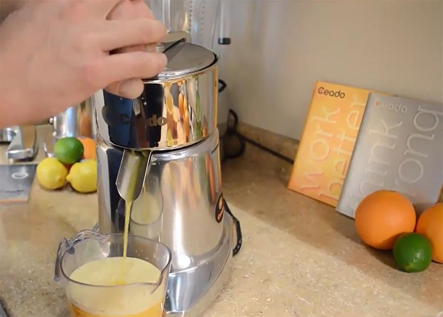 دستگاه آب پرتقال گیری خانگی