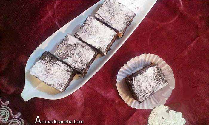 کیک نارگیلی با شیر عسلی