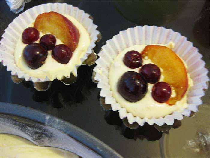 کیک میوه ای با ژله