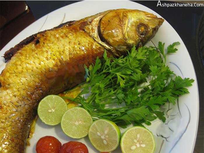 ماهی شکم پر در فویل