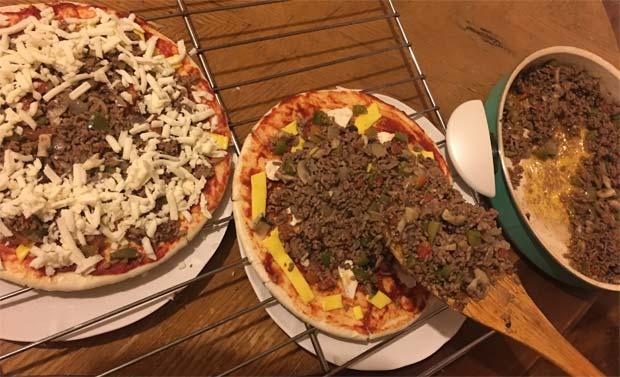 پیتزا گوشت چرخ کرده