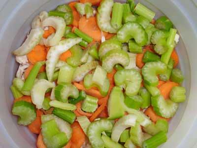 طرز تهیه ترشی میوه های خشک