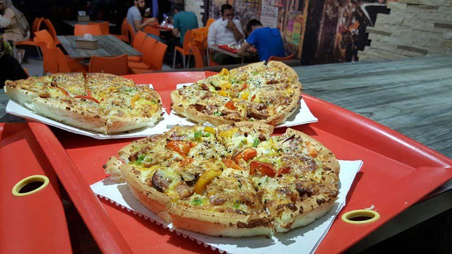 پیتزا پز
