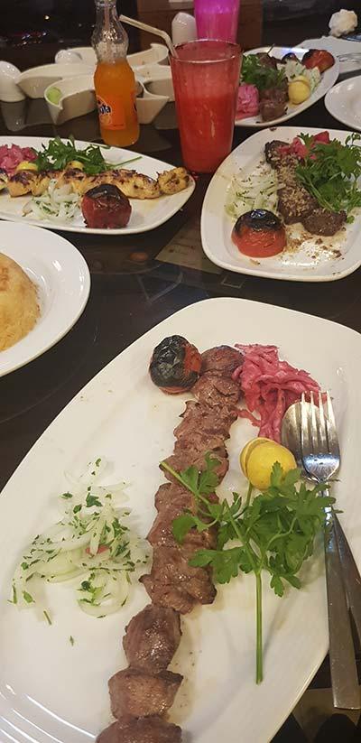 رستوران گيلاني مهرشهر