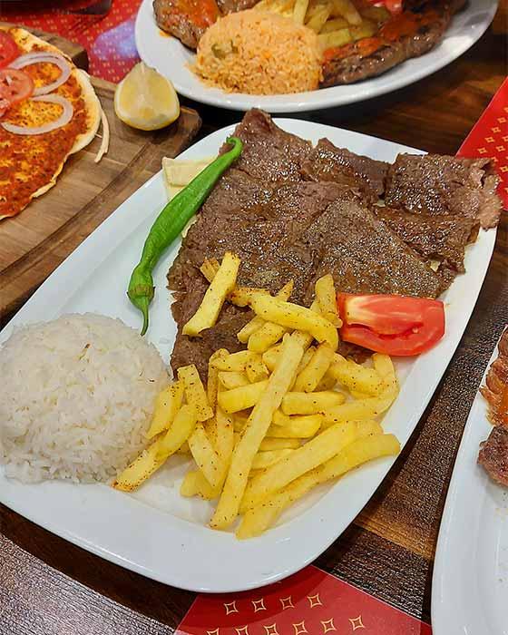 رستوران ترکیه ای پاسداران
