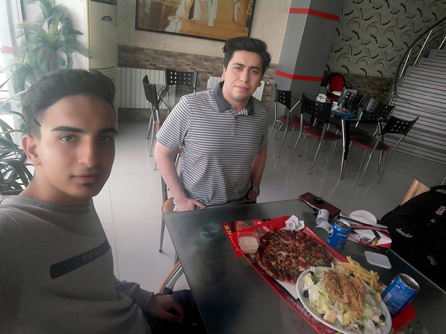 پیتزا فروشی در اسلامشهر