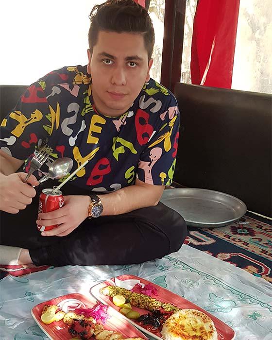 رستوران سنتی دلنوازان مشهد