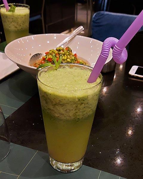 رستوران آدیشه اپال