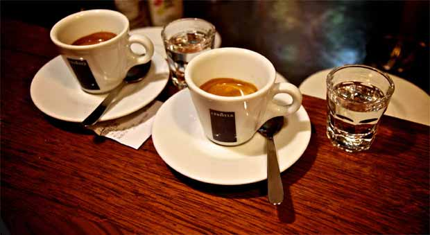 قهوه فروشی