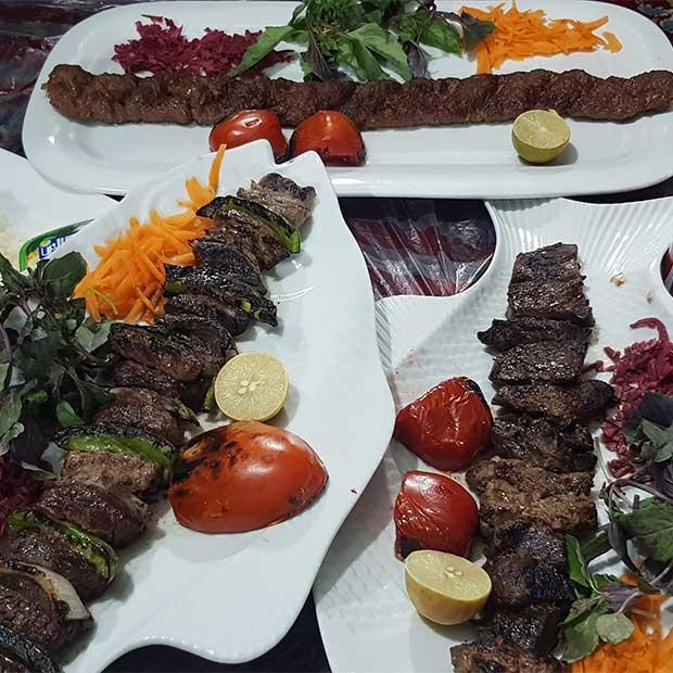 رستوران سفره خانه سنتی زردبند فشم تهران