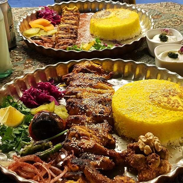 رستوران کبابچی آریا در سعادت آباد تهران