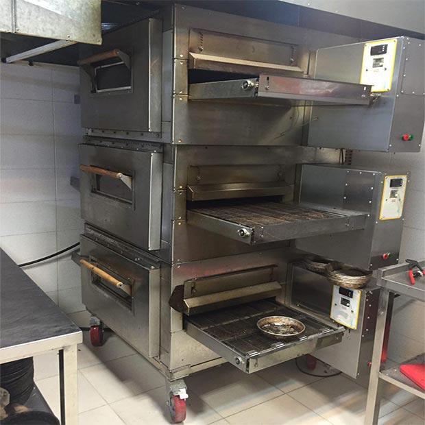 فر پیتزا ریلی سه طبقه فست فود جردن بازارچه صفاییه یزد