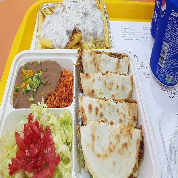 فست فود سالسا غذای مکزیکی در مجتمع کوروش تهران