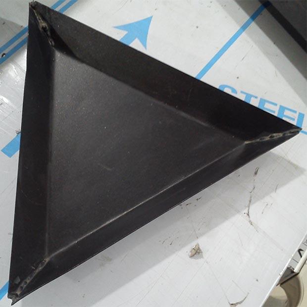 قالب پیتزا مثلث سایز 26 تفلون درجه یک