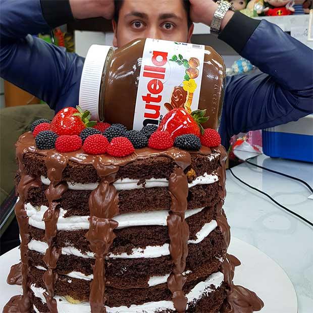 قنادی اصل تبریز با کیک تولد نوتلا در تهران مرزداران