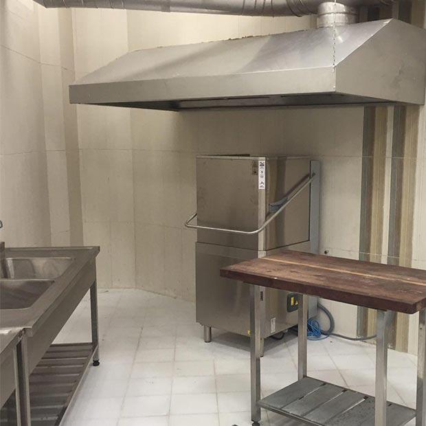 ماشین ظرفشویی صنعتی زانوسی ایتالیایی هزارودویست بشقاب
