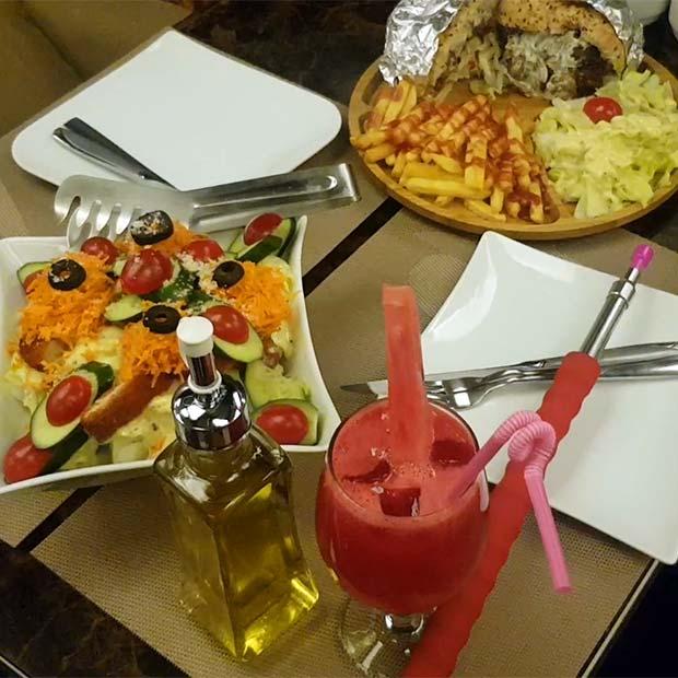 کافه رستوران هامین در ظفر تهران