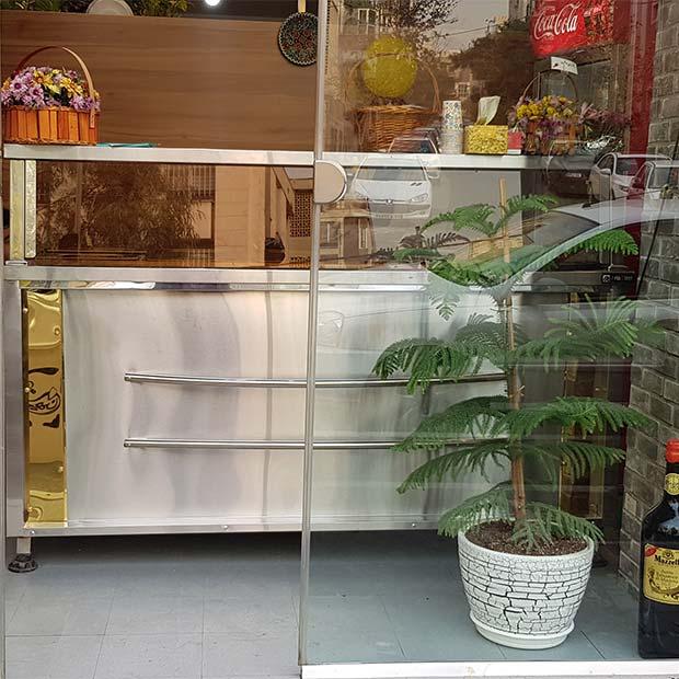 کانتر گرم تهیه غذای خانگی نیکان در تهران سهروردی