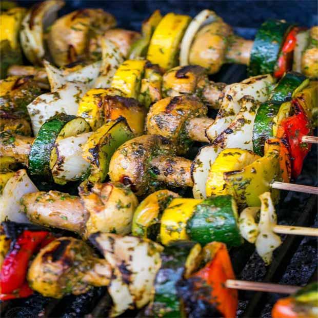 کباب سبزیجات گریل شده مراکشی