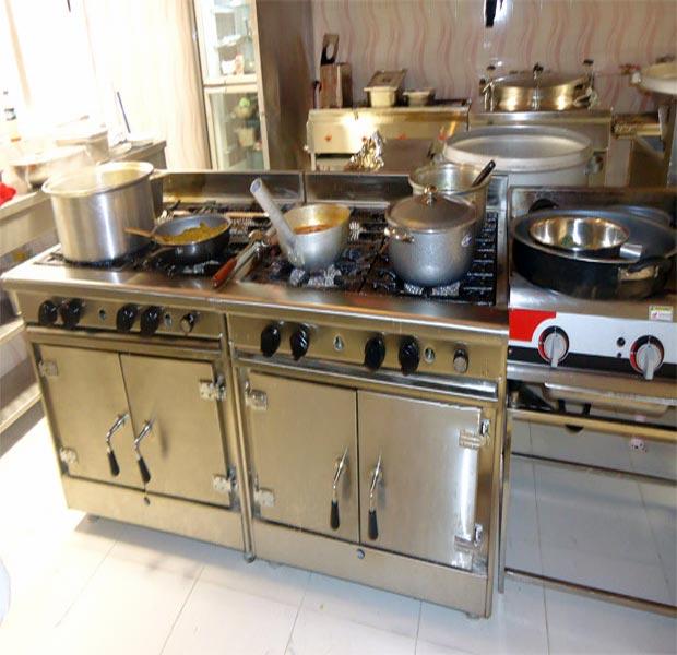 اجاق گاز چهار شعله ایرانی آشپزخانه صنعتی فردار هشت من