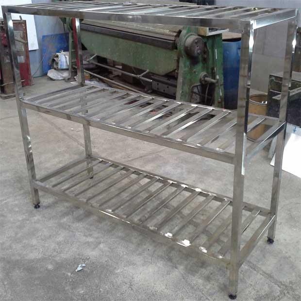 قفسه برای آشپزخانه سه طبقه پاتروکی استیل