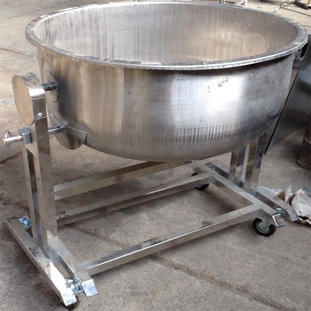 پاتیل استیل برنج خیساندن با پایه دهنه 70سانتیمتر