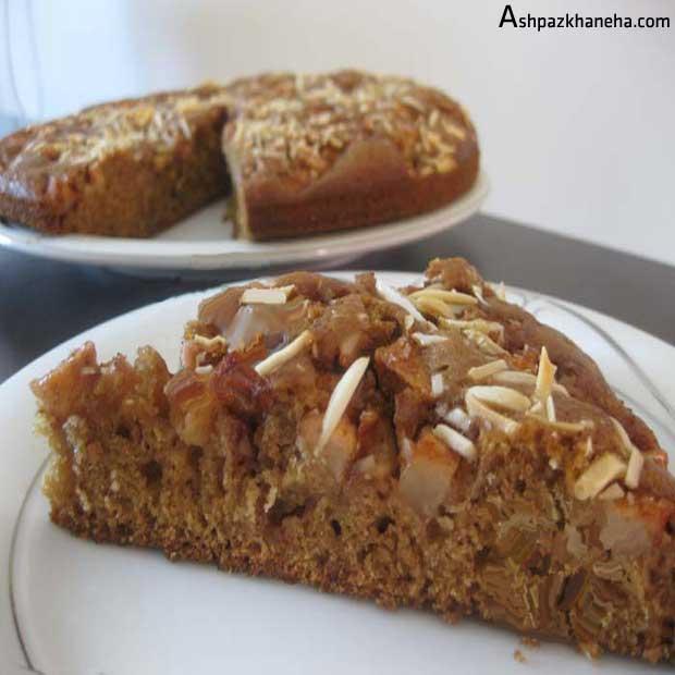 کیک سیب و دارچین و بادام ساده خانگی